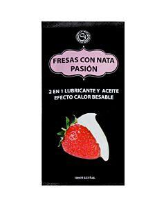Erdbeere mit 10 ml Sahne schmieren