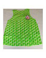 Frau Kostüm grün Herzen
